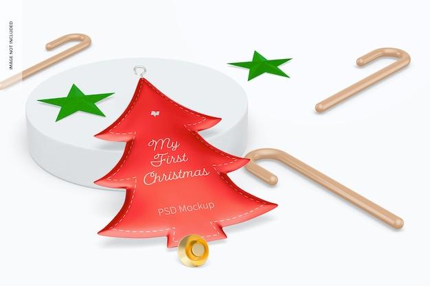 Metallischer christbaumschmuck mit dekor-mockup