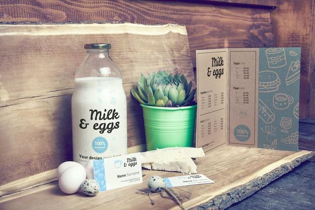 Milch im flaschen- und menümodell