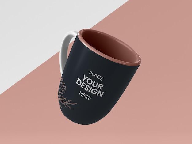 Minimales kaffeebecher-arrangement