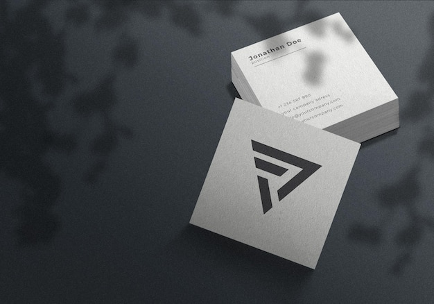 Minimalist square visitenkarten modell