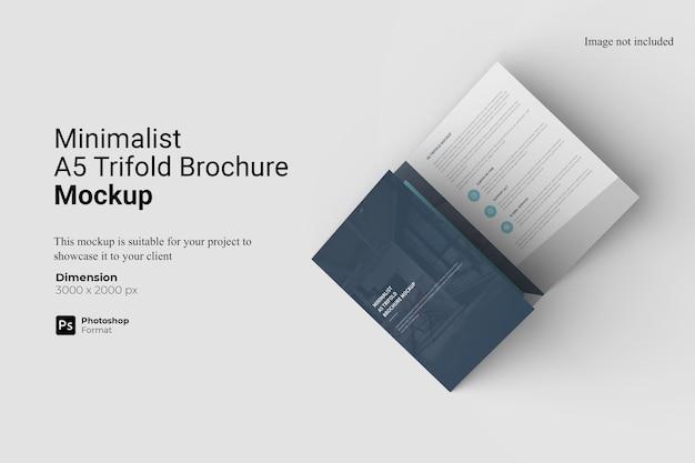 Minimalistisches a5 trifold brochure mockup design
