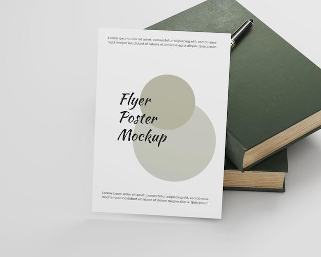 Minimalistisches poster-flyer-modell