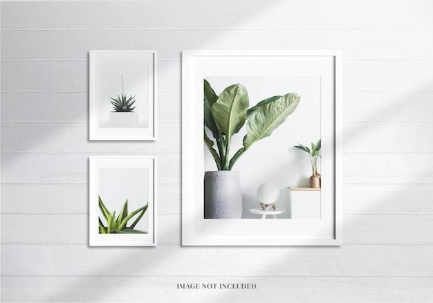 Minimalistisches weißes rahmenmodell oder moodboard-dekoration mit realistischem schatten und wand