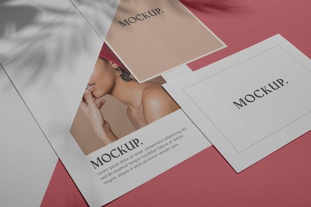 Mock-up-broschüre schattenauflage flach lag