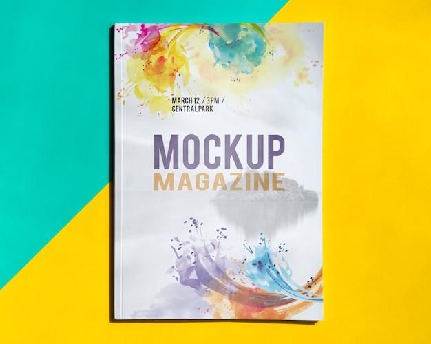 Mock up magazin auf einem einfachen hintergrund