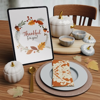 Mock-up mit thanksgiving day setup