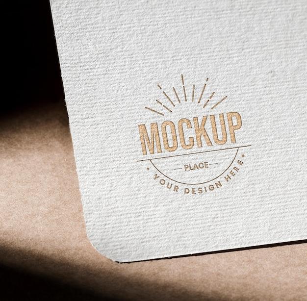 Mock-up strukturierte papierkarte für unternehmen
