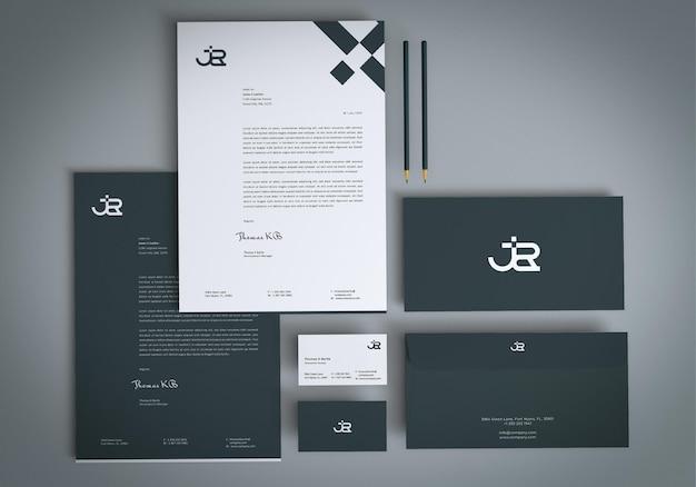 Mockup-design für firmenbriefpapier
