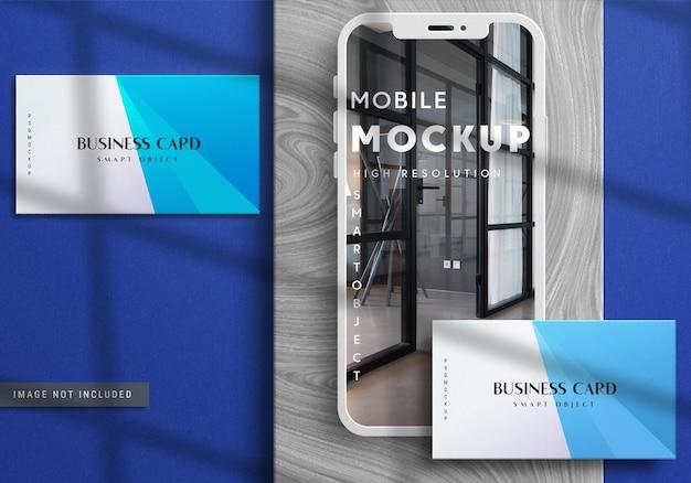 Mockup-design für mobilgeräte und visitenkarten
