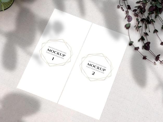 Mockup weiße leere raumkarte für menü flyer