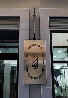 Mockup zeichen friseursalon stadt