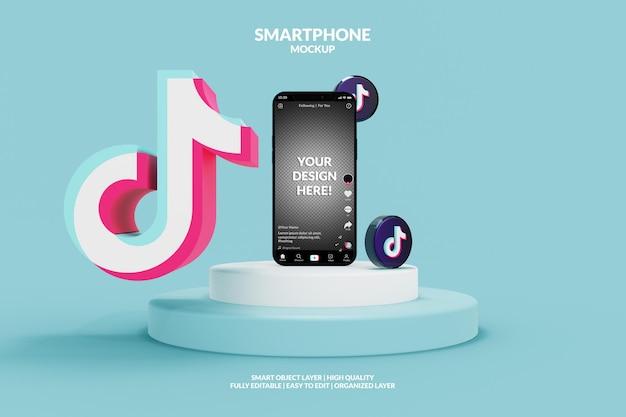 Modell der tiktok-app-schnittstellenvorlage auf dem smartphone mit tiktok-symbolen