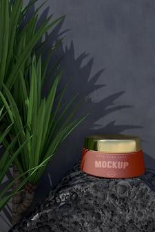 Modell des kosmetischen verpackungsdesigns. verpackung für branding design