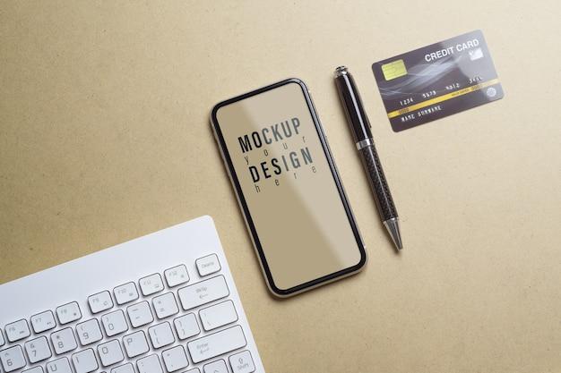 Modell des mobiltelefons für online-shopping und zahlungskonzept