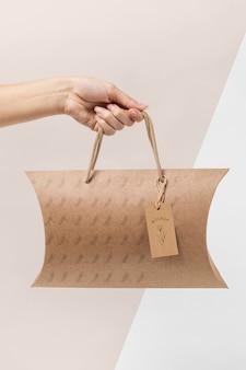 Modell eines umweltfreundlichen verpackungsbeutels