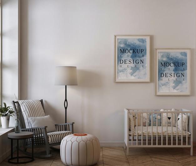 Modellrahmen im modernen babyzimmer mit schaukelstuhl