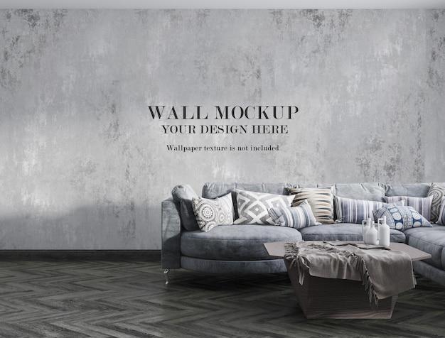Modellwand im wohnzimmer mit minimalistischen möbeln