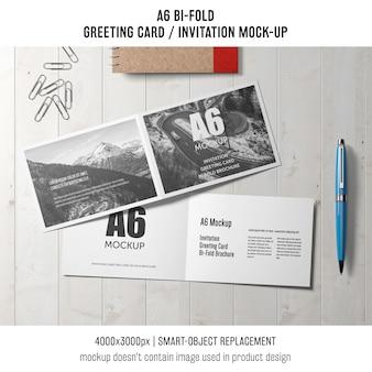 Moderne a6 zweifach gefaltete einladungskarte vorlage