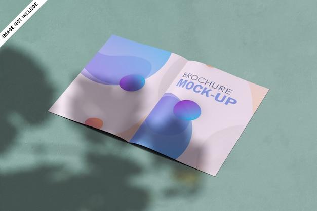 Moderne business-bi-fold-broschüre mit abstrakten formen