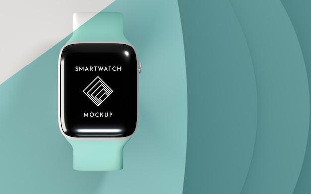 Moderne smartwatch mit bildschirmmodell mit kopierraum