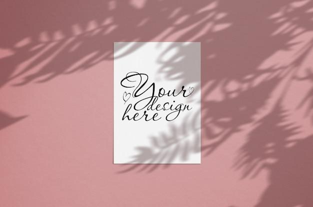 Moderne und stilvolle grußkarte oder einladungsspott oben