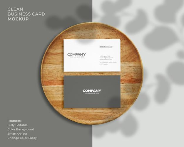 Modernes und sauberes visitenkartenmodell
