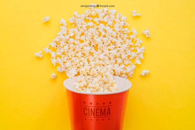 Movie mockup mit popcorn-eimer