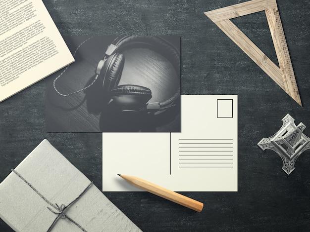 Musikpostkarte auf dem desktop mock up
