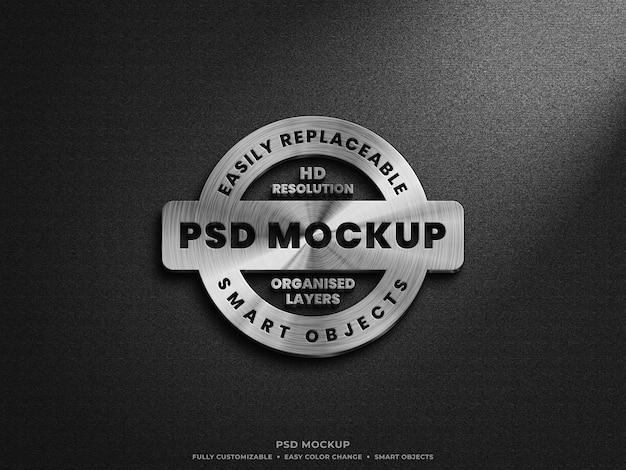 Nahaufnahme auf metallic steel silver logo mockup