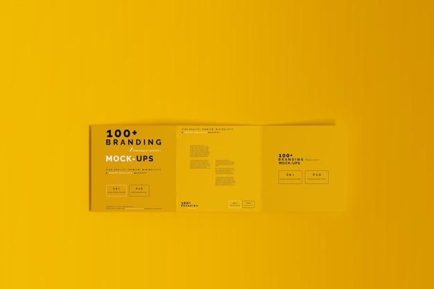 Nahaufnahme auf verpackung von tri fold square brochure mockup
