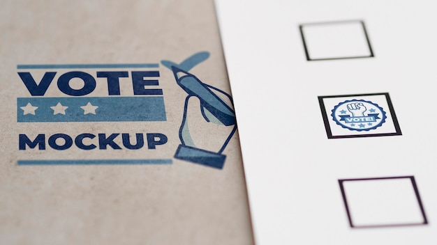 Nahaufnahme stimmzettel modell mit briefmarken