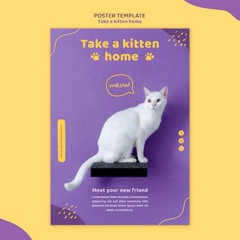 Nehmen sie eine kätzchen-flyer-vorlage an
