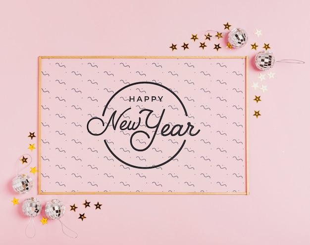 Neujahrs-schriftzug mit einfachen rahmen