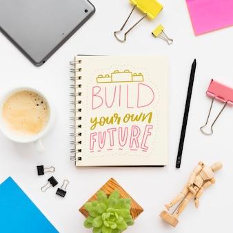 Notizbuch mit inspirierender mitteilung