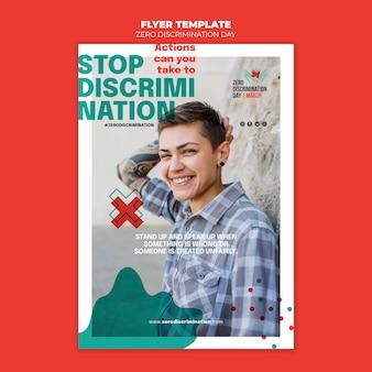 Null diskriminierung tag flyer vorlage mit foto
