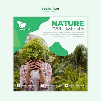 Ökologischer quadratischer flyer mit fotovorlage