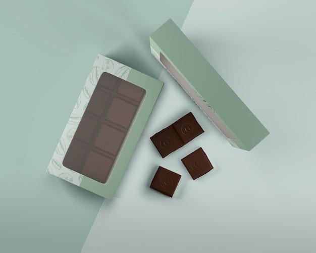 Ordentliche schachtel mit schokoladendesign