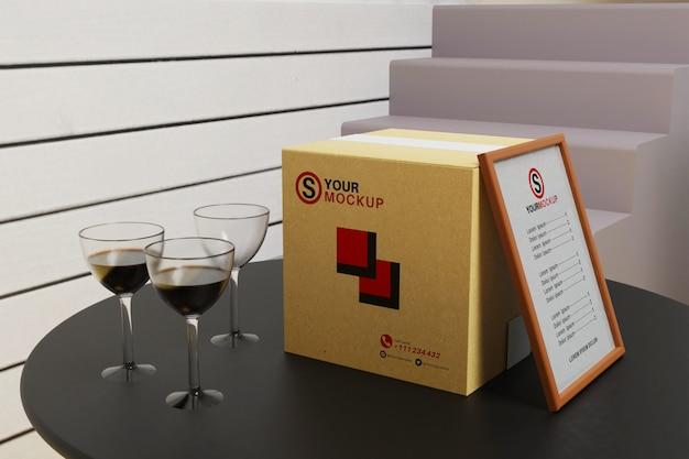 Papierbox mit rahmenmodell