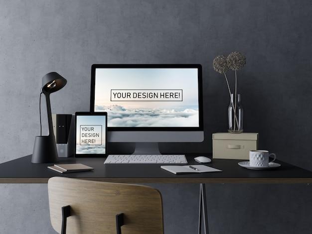 Premium-pc-computer und pad mock up design-vorlage mit bearbeitbaren bildschirm im modernen schwarzen arbeitsbereich