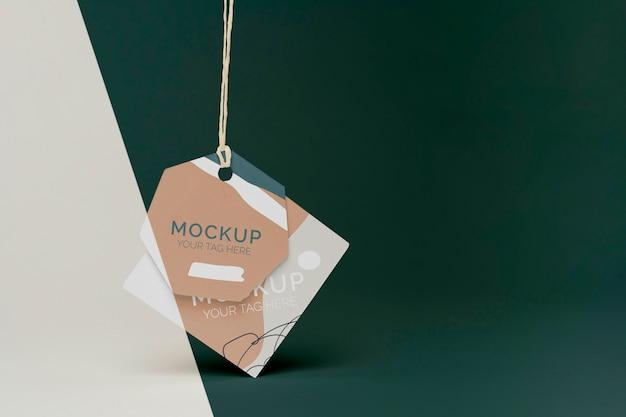 Produkt-tag-mock-up in der vorderansicht