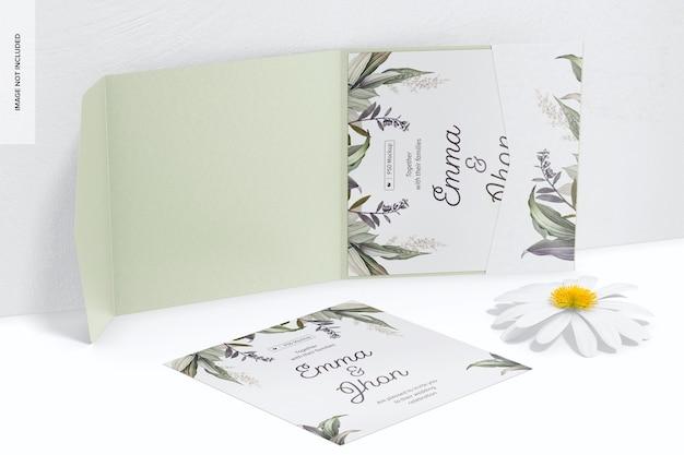 Quadratische faltkarte mit taschenmodell, geöffnet