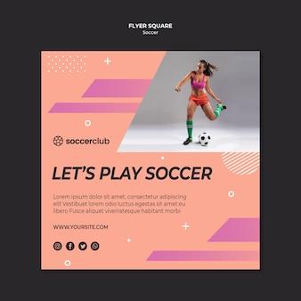 Quadratische flyer-vorlage für fußball