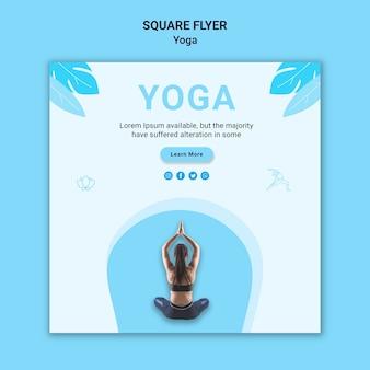 Quadratischer flyer für yogaübungen