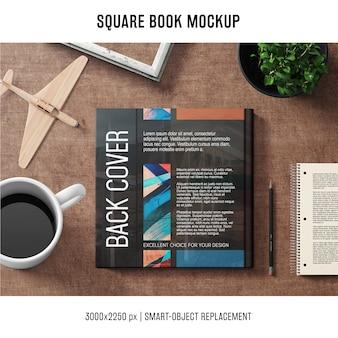 Quadratisches buch-modell