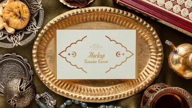 Ramadan-druck auf platte draufsicht