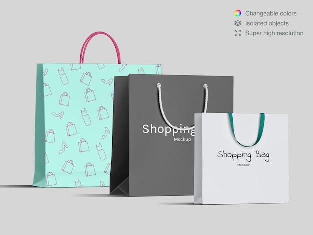 Realistische vorderansicht vielzahl von einkaufspapiertüten modellvorlage