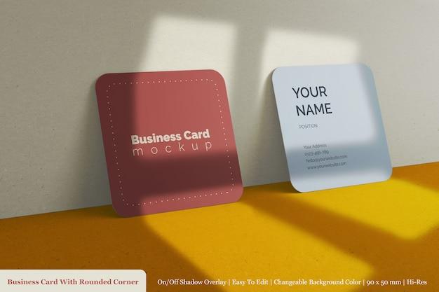 Realistische zwei visitenkarten-visitenkartenvorlagen für unternehmen