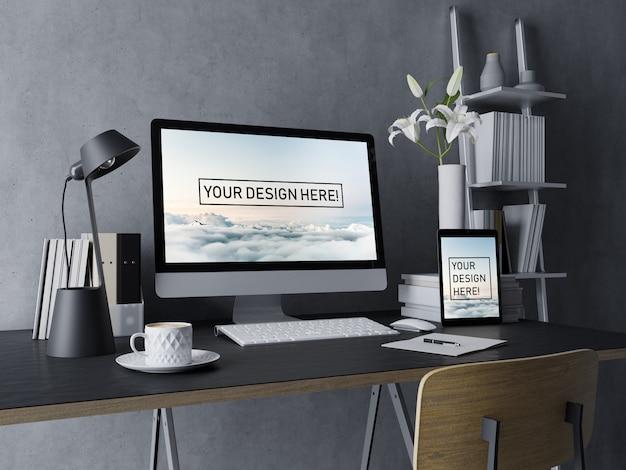 Realistischer tischrechner und tablet-spott herauf design-schablone mit editierbarem schirm im schwarzen unbedeutenden arbeitsplatz-innenraum