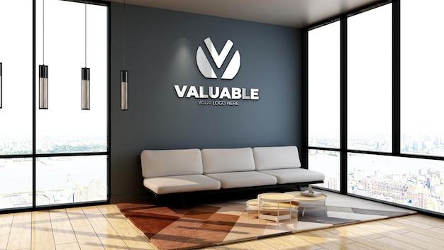 Realistisches firmenlogo-modell in einem minimalistischen wartezimmer in der bürolobby mit sofa und holzboden