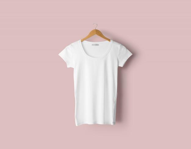 Realistisches t-shirt modell